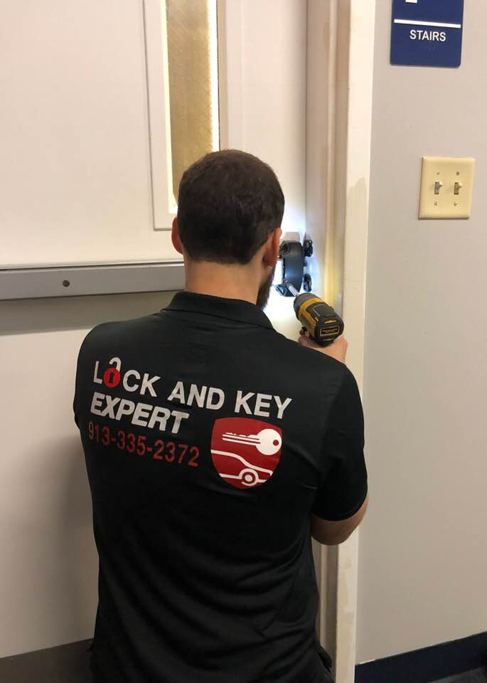 Lock and Key Expert: Replacing Locks Services in Kansas City